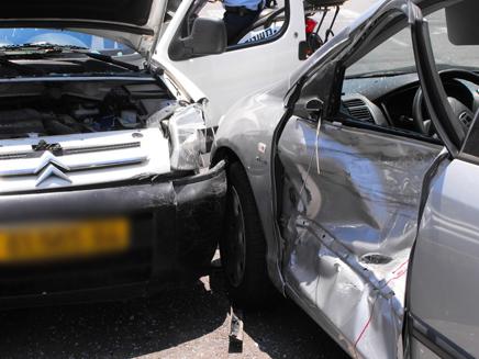 תאונה באשדוד (צילום: אשדוד נט)