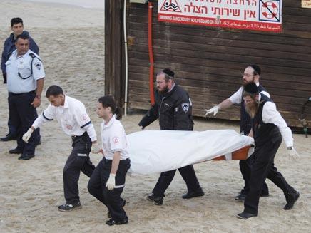 טרגדיה בחוף אולגה. צילום ארכיון (צילום: AP)