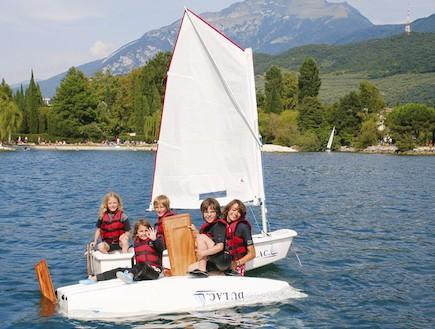 השכרת סירות בריבה דל גארדה, אגם גארדה, איטליה (צילום: האתר הרשמי)