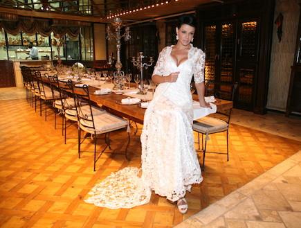 דנה רון לוינו סוקה בשמלת כלה