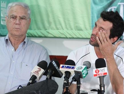 בנאדו בוכה (עמית מצפה) (צילום: מערכת ONE)
