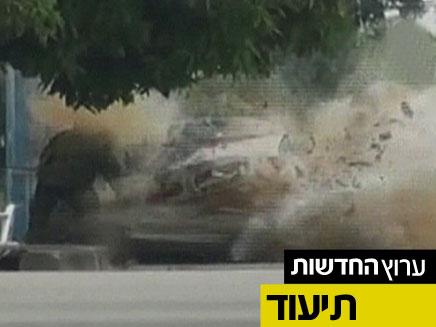 מדהים: חבלן משטרה שורד פיצוץ (צילום: חדשות 2)