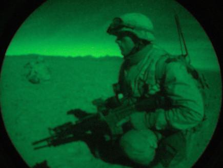 אמצעי לראיית לילה (צילום: U.S. Navy, GettyImages IL)