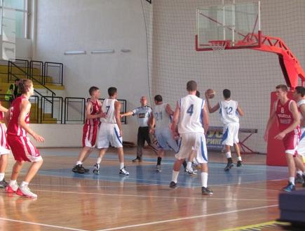 עוד ניצחון לקדטים (מערך הדוברות של איגוד הכדורסל) (צילום: מערכת ONE)