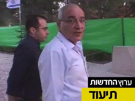 דן חלוץ בטקס הזיכרון, היום בהר הרצל (צילום: חדשות 2)