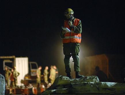 """יחידת חילוץ והצלה - תרגיל (צילום: דובר צה""""ל)"""