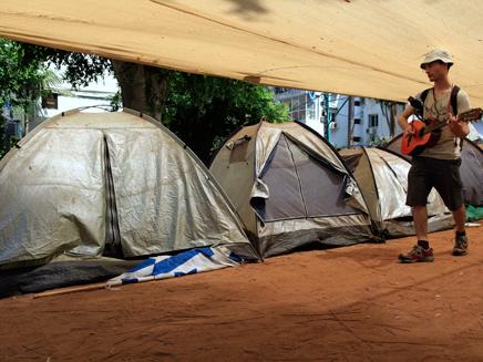 אוהלי מחאה בתל אביב (צילום: AP)