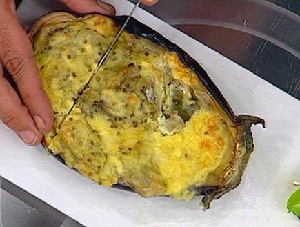 חציל אפוי עם גבינות (תמונת AVI: mako)
