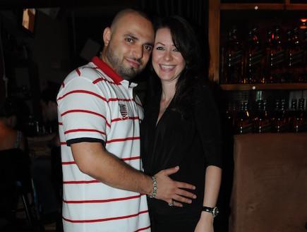 סאבלימינאל ואשתו ההריונית (צילום: ברק פכטר)