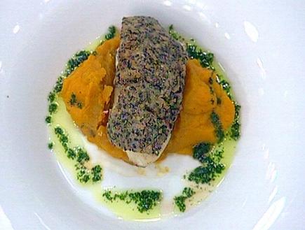 דג לוקוס מצופה בקראסט טחינה (תמונת AVI: mako)