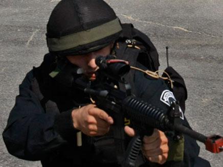 שוטר יממ (צילום: חדשות 2)
