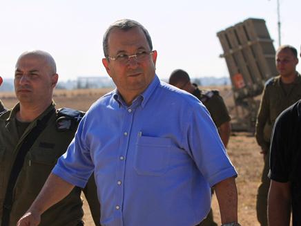 שר הביטחון ברק (צילום: AP)