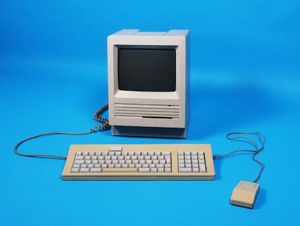 מחשב ישן (צילום: Edward Mallia, Istock)