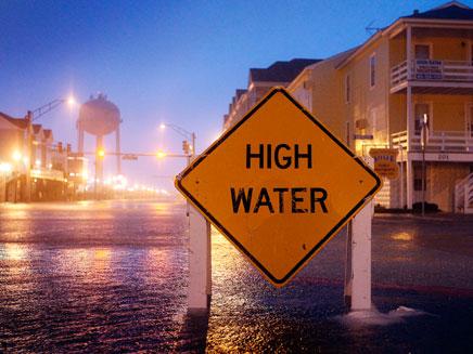 צפי להצפות נרחבות. הוריקן איירין (צילום: AP)