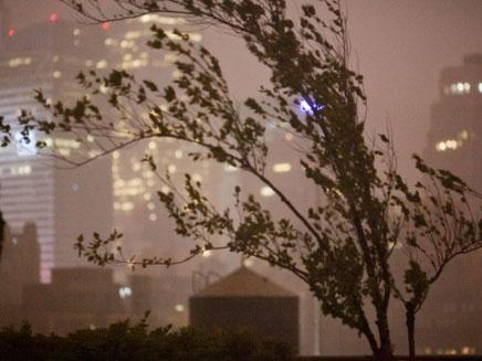 טור מיוחד בזמן הסערה (צילום: AP)
