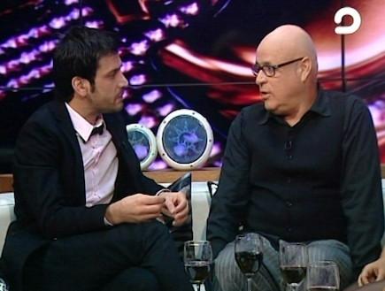 אורי פסטר בראיון עם אלירז שדה (תמונת AVI: mako)