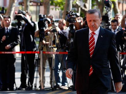 ראש ממשלת טורקיה ארדואן, ממשיך להוביל קו תקיף נגד (צילום: רויטרס)