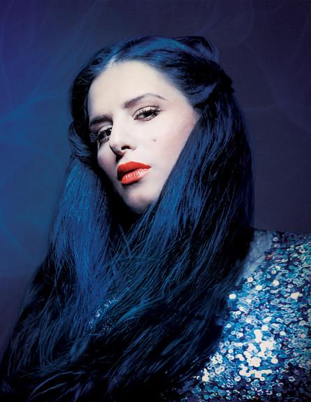 מירי מסיקה כחולה (צילום: רונן אקרמן)