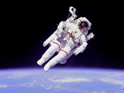 התייר הראשון בחלל (צילום: space adventures)