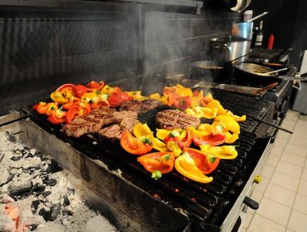 מסעדת מיט - הגריל (צילום: אורלי פרל ניר,  יחסי ציבור )