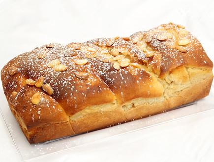עוגת שמרים דבש (צילום: עודד קרני)