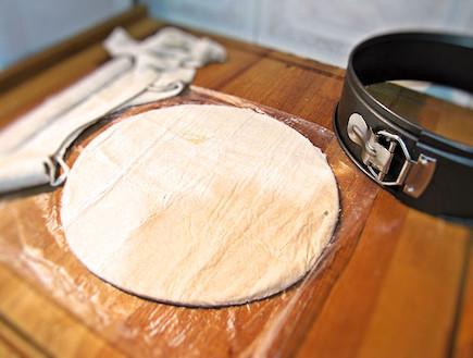 קרם שניט - הבצק (צילום: דליה מאיר)