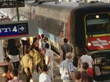 צפיפות ברכבת (צילום: חדשות 2)