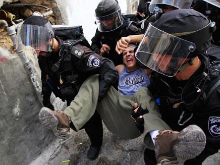 שידור חי מגבול ירושלים-רמאללה (צילום: רויטרס)