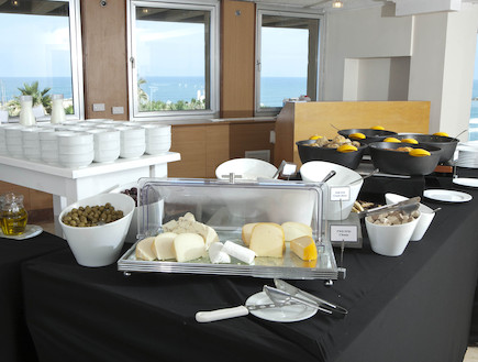 ארוחת בוקר במלון מרינה תל אביב (צילום: האתר הרשמי)