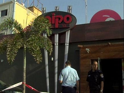 """רצח מחוץ למועדון בראשל""""צ (צילום: חדשות 2)"""