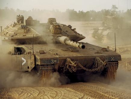 """מרכבה סימן 4 (צילום: איתי כהן, עיתון """"במחנה"""")"""