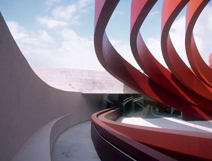 מוזיאון העיצוב חולון (יח``צ: mako)
