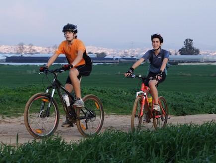 יער חולדה, טיולי אופניים