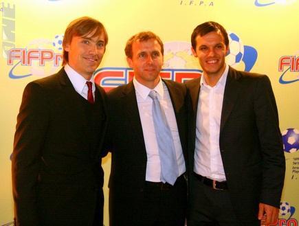 פובורסקי (במרכז) וסימיץ´ (משמאל) (יניב גונן) (צילום: מערכת ONE)