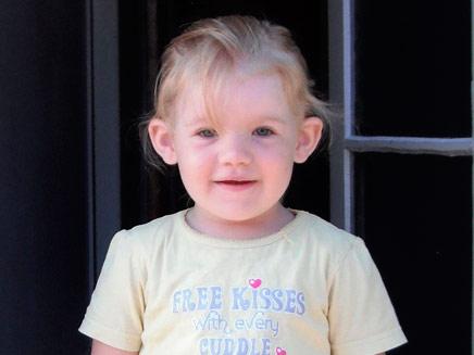 שילה סילברי בת ה-3. אכלה שאריות לזניה וחלב (צילום: AP)