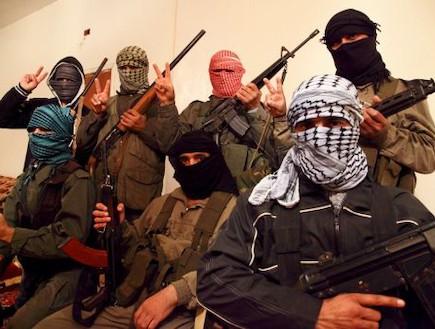 הצבא הסורי החופשי (צילום: Skyeboat Films, GlobalPost)