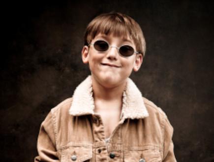 ילד לובש קורדרוי (צילום: istockphoto)