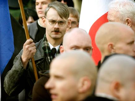 פעילים נאו נאצים בגרמניה (צילום: רויטרס)