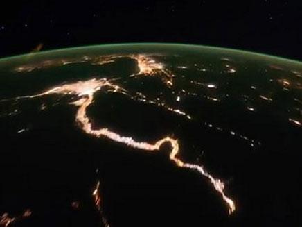 """מכבים את האור למען כדור הארץ (צילום: נאס""""א)"""