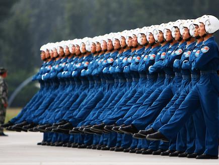 חיילים בחיל האוויר הסיני (צילום: Feng Li, GettyImages IL)