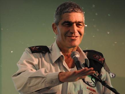 """האלוף טל רוסו (צילום: עיתון """"במחנה"""")"""