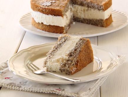 עוגת אגסים, מסקרפונה ואגוזי לוז 1 (צילום: חן שוקרון, אוכל טוב)