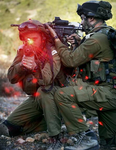 """קומנדו נח""""ל (צילום: אורי שיפרין, באדיבות גרעיני החיילים)"""