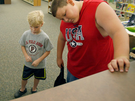 יותר מרבע מתלמידי ישראל סובלים מהשמנת יתר (צילום: רויטרס)