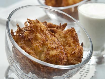 לביבות גבינות ותפוחי אדמה של טל ושני (צילום: אנטולי מיכאלו, אוכל טוב)