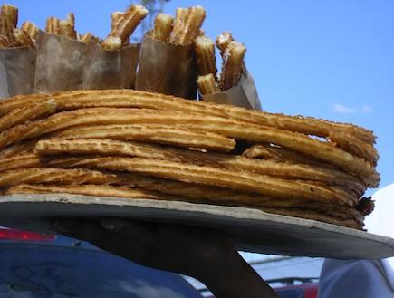 צ'ורוס קינמון (צילום: איתמר דווידוב, טרס פזוס, אוכל מקסיקני)