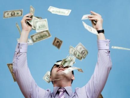 כסף (צילום: Ivan Bliznetsov, Istock)