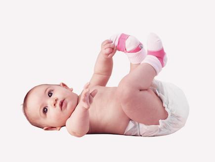 מחזיק גרביים לתינוקות (צילום: גון סל,  יחסי ציבור )