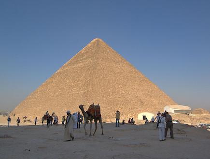הפירמידות בגיזה מצרים - מט ליפול (צילום: Berthold Werner)
