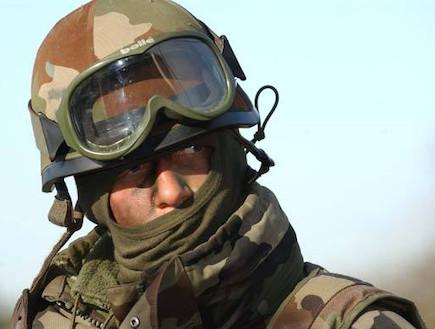חייל מילואים צרפתי (צילום: צבא צרפת)